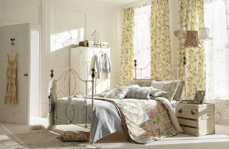 Arredamenti Torino: la scelta delle tende per la camera da letto